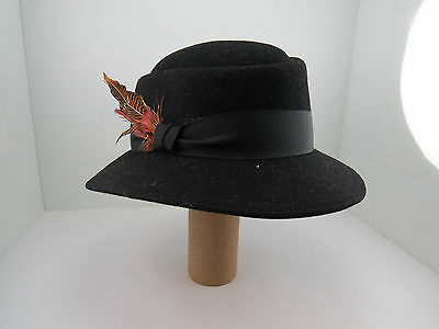 079f640efec Vintage Don Anderson Bonwit Teller 100% Wool Feathers Hat One Size Made in  USA