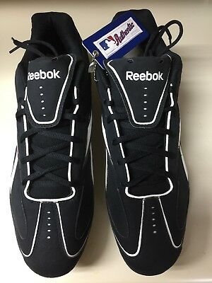 8e34cf3532e REEBOK VERO lll LOW M6 - NUBUCK SZ 12.5 MEN S BASEBALL CLEATS BLACK WHITE