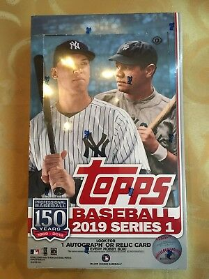 2019 Topps Baseball Series 1 Hobby Box (24 Packs)