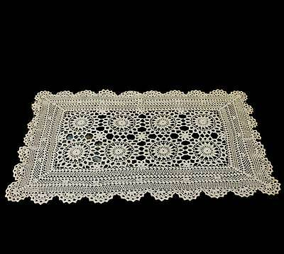Vintage pretty ecru lace crochet tablerunner measuring approx 60cm x 33cm