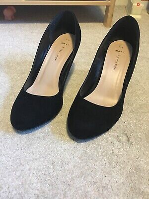 Black Suede Feel Round Toe High Heel Shoes Size 7 Euro 40, Wide Fit