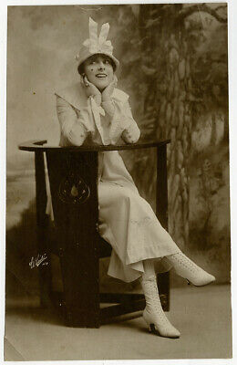 ZIEGFELD FOLLIES GIRL Tot Qualters 1920s Vintage Jazz Age Flapper Photograph