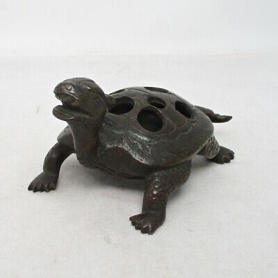 D624: Very rare Japanese old tasty copper needle point holder of turtle statue