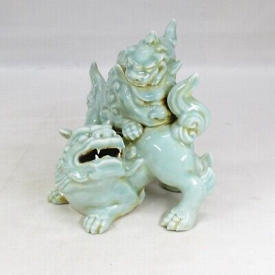 D710: Japanese 3 foo dogs statue of old SETO blue porcelain with wonderfuo work