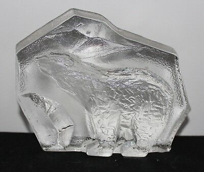 Lovely Vintage Norwegian K-Glass Magnor Bas-Relief (3-D) Polar Bear Paperweight