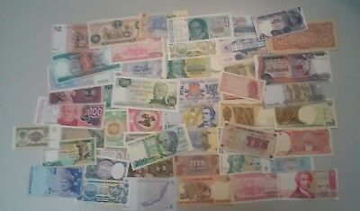 World Banknotes - Bulk Lot of 50 World Banknote Assortment of Notes Unc Set # 15