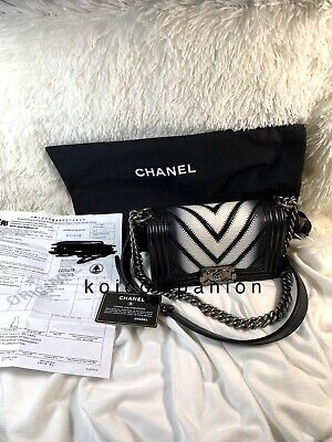 5597f6e8ab4dcb EXTREMELY RARE HARD TO FIND Authentic Chanel Lizard Small Black Ombré Boy  Bag