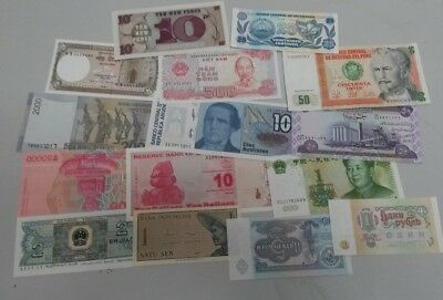 World Banknotes - Bulk Lot of 15 World Banknote Assortment of Notes Unc Set # 7
