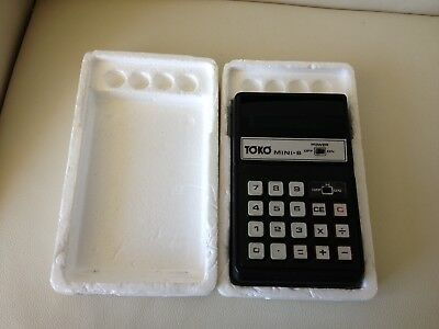 Vintage TOKO Mini 8 Battery Operated Calculator Japan - Working Well