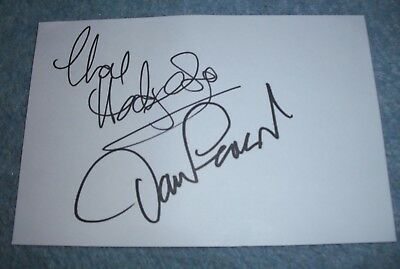CHAS And DAVE  Origional Signed Index Card.