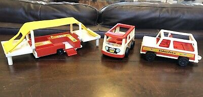 VINTAGE 1979 FISHER Price Little People Pop-Up Camper w/ Jeep And Mini Bus