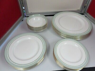 ROYAL DOULTON BERKSHIRE - T C 1021 - collection of ROYAL DOULTON DINNER WARE