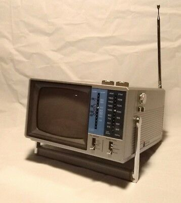 "VTG Lloyd's Mod L105 Mini 5"" CRT AC DC TV B&W AM FM Radio Telescoping Antenna"