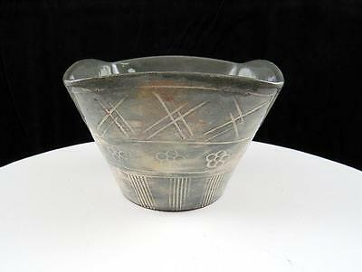 """Japanese Sgraffito Art Pottery Incised Floral Vertical Lines 2 3/4"""" Square Bowl"""