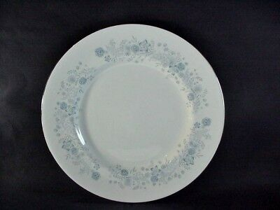 "Wedgwood Bone China, England: ""belle Fleur"" Set Of 8 Dinner Plates: 10-5/8"""