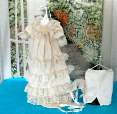 5dd4e9b4e1289 VINTAGE STYLE BABY Doll Christening Gown Dress & Hat Set for 15-17