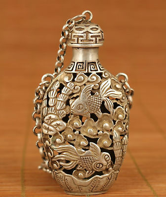 Chinese Old tibetan silver Hand Carved Gold fish Statue Snuff Bottle noble gift