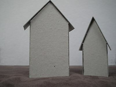 Tim holtz sizzix  set of 2 tiny houses 661819 mini buildings dwellings box