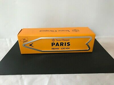 Veuve Clicquot Arrow Tin Paris Reims Champagne Journey Magnetic Orange Sign