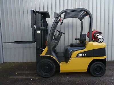 CAT GP25N. 4750mm LIFT USED GAS FORKLIFT TRUCK. (#2323)