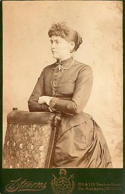 1885 Cabinet Card*Stevens Gallery Chicago*Woman With Bustle*Dearborn/Washington