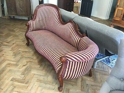 French Style Mahogony Vintage Chaise Lounge Sofa Couch in excellent condition