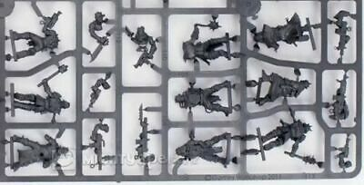 Warhammer 40000 Dark Vengeance Chaos Cultists With Heavy Flamer CCW and Autoguns