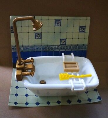 Sylvanian Families Vintage Ceramic Bath With Accessories