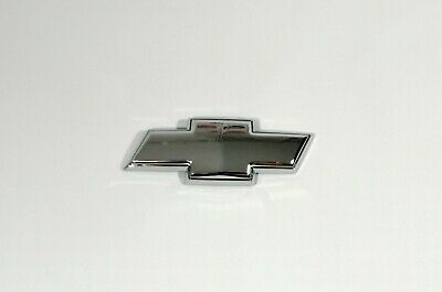 CHEVROLET Rear Boot Trunk Chrome Emblem Badge Logo with Sticker 2-pin 130 x 43mm