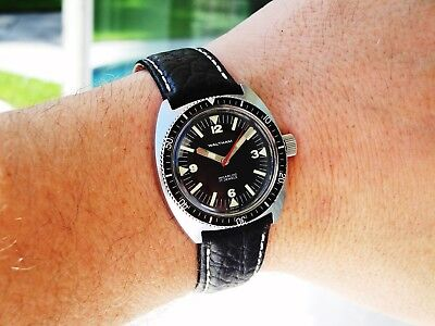 Circa 1967 Waltham Skin Diver, 17j, Stainless Steel Case, Factory Crown, Dial