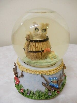Cat Gift/present In A Barrel Snow Globe/dome 15 Cm/ 11 Cm Diameter Very Pretty