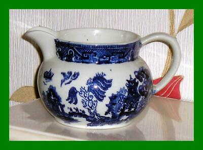 Heavily Potted Maling Pottery Clayton Jug In The Blue & White Willow Pattern