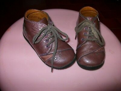 6f9e44defd8d1 Chaussures Montantes Aster Bebe Fille Pointure 19 Tbe