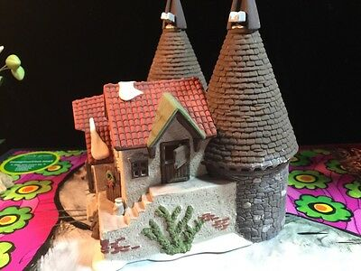 Department 56 Heritage Village, Dickens Village Series, Bishops Oast House, 1990