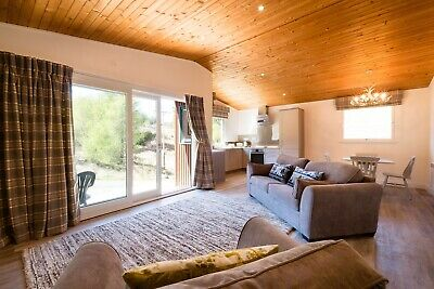 5* holiday chalet in Scottish Highlands, self catering,sleeps 2