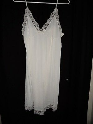 ladies white full slip petticoat retro vintage  SZ 20
