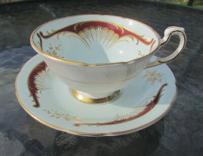 Paragon mint green Art Nouveau design red & gold tea cup and saucer crack