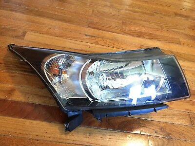 2012 2013 2014 2015 2016 Chevrolet Cruze RH (Pass) OEM Halogen Headlight