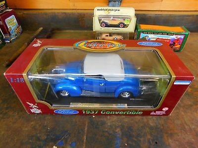 1937 Ford Convertible Street Rod - Road Legends Die Cast 1:18 Scale Trg-27