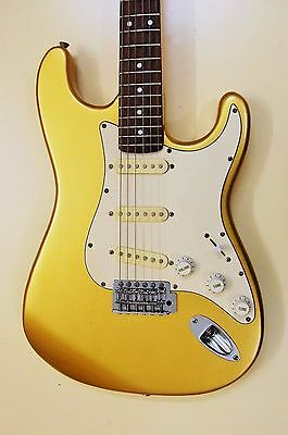 Stratocaster Gold Aztec Oldie