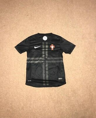 Offical Nike Portugal 2013/14 away black 8-10 yrs Dry fit excellent condition