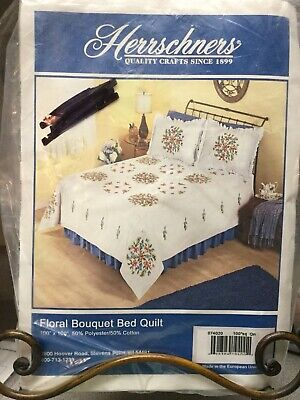 New Herrschners Floral Bouquet Bed Quilt Top Queen Size Stamped for Embroidery
