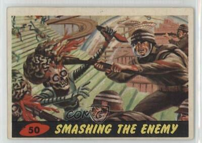 1962 Topps Bubbles Mars Attacks! #50 Smashing the Enemy Non-Sports Card 0n8