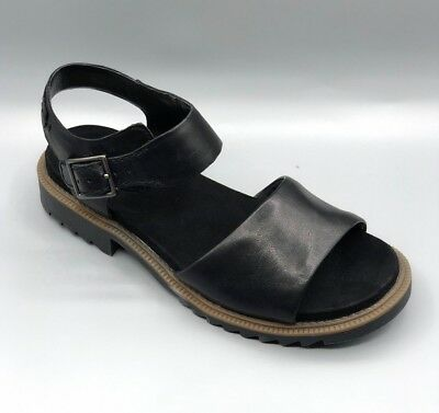 14c827ab7935 LADIES CLARKS FERNI Fame Leather Open Toe Buckle Smart Casual Flat ...