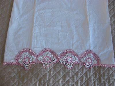 Vintage Hand Crochet Pink White Floral Trim Edging 20x32 Standard Pillowcase