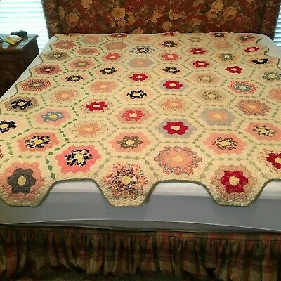 Antique Hand Crafted Quilt for Regular Size Bed Early 1900's