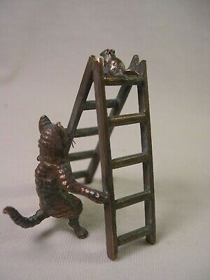 Vienna bronze cat and mouse