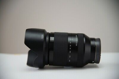Sony FE24-240mm F3.5-6.3 OSS FE Lens. Excellent Condition. Light Use