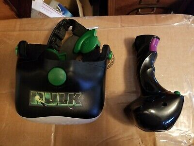 Incredible Hulk Virtual Reality VR3D game - MGA 2003.  Excellent condition