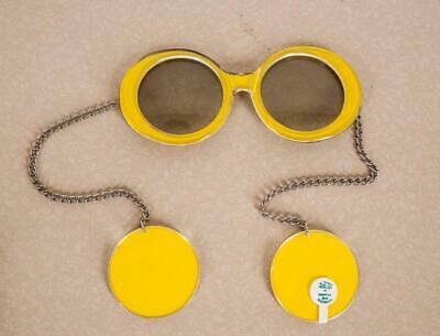 3fd9b139134d VINTAGE 1960S RARE Sunglasses w  Earrings on Chain